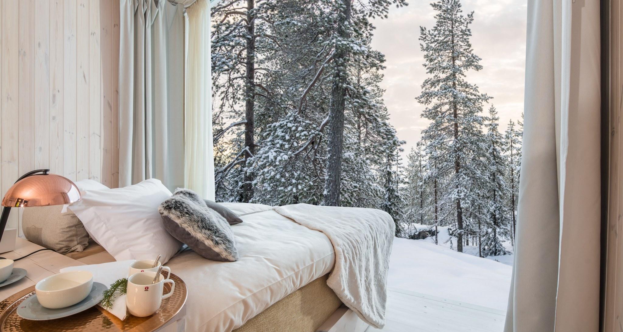 Arctic TreeHouse Hotel, suite, winter, Rovaniemi, Lapland, Finland (1)