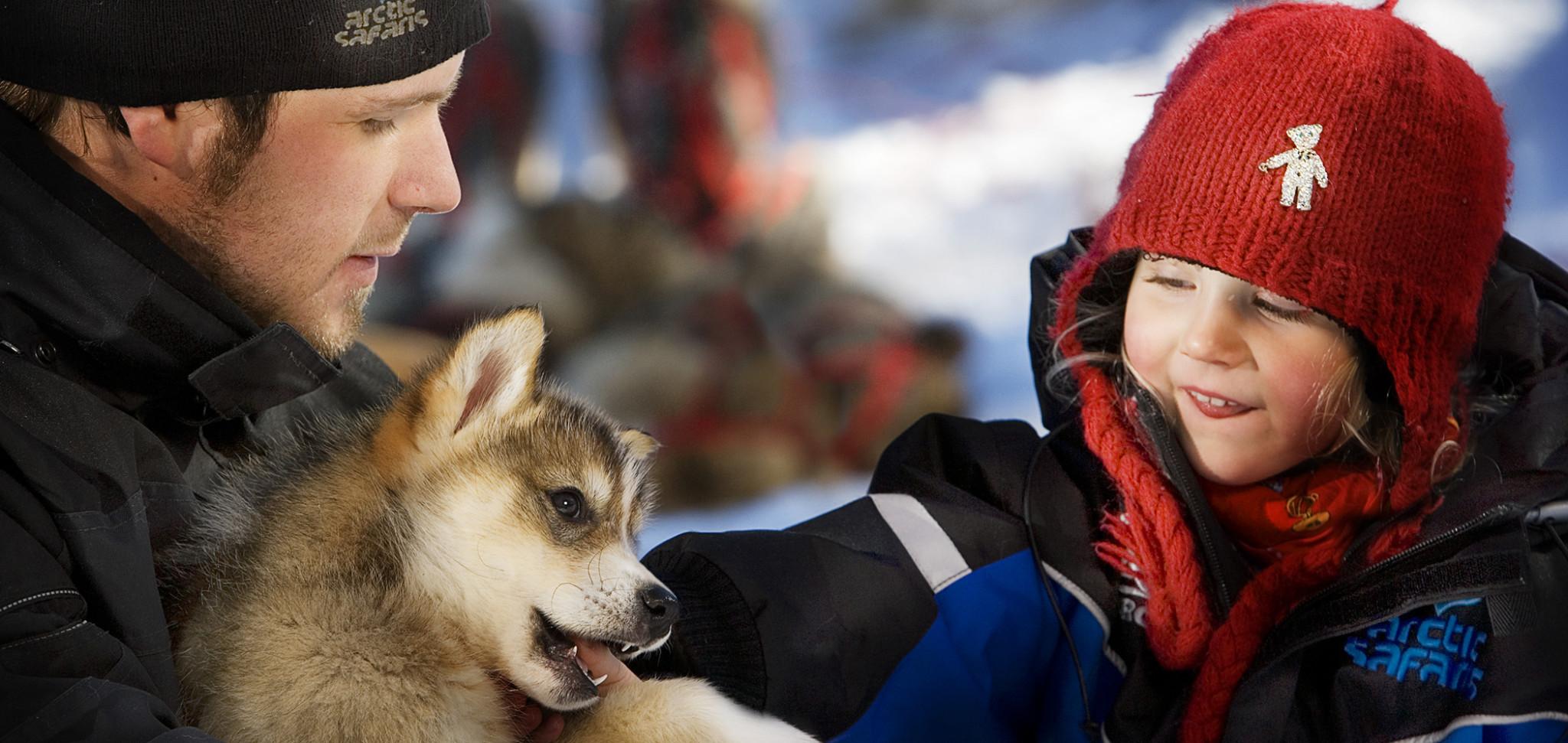 Husky and child Rovaniemi