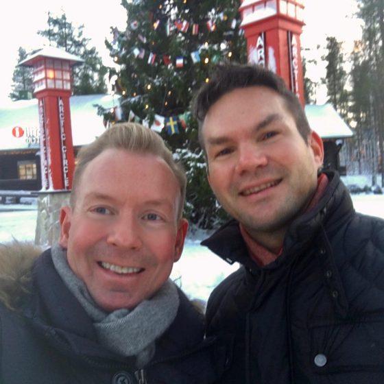 Kimmo Ketola ja Sami Riekki Rovaniemellä Joulupukin Pajakylässä Napapiirin linjalla