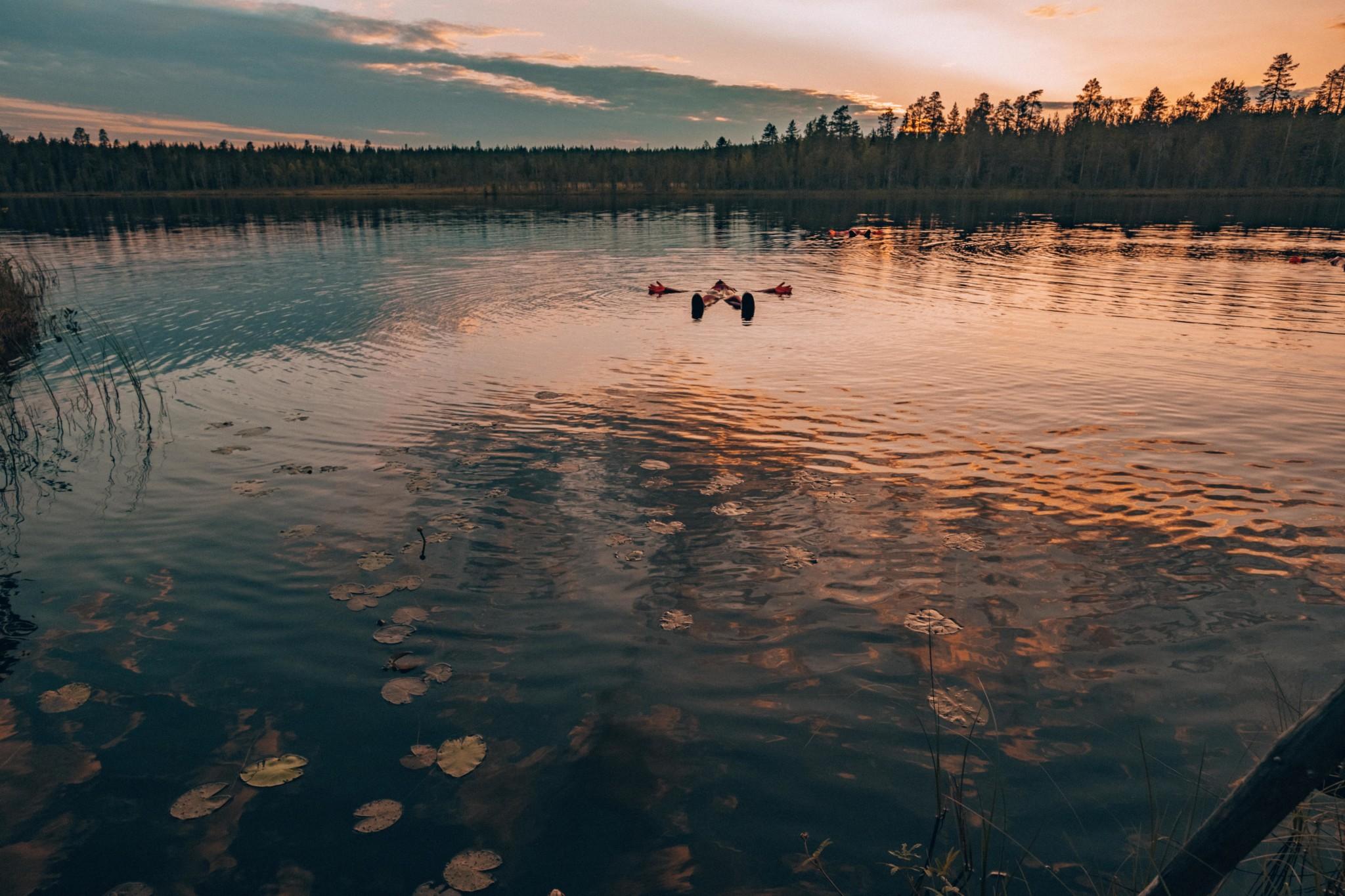 Keskiyön aurinko Rovaniemi Lappi