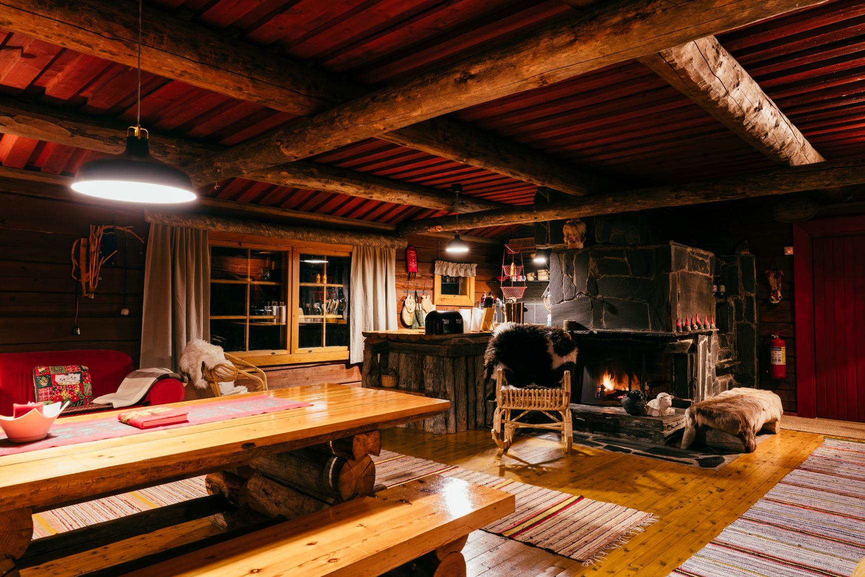 Ollero Eco Lodge Hirsitalo Rovaniemen Majoitukset