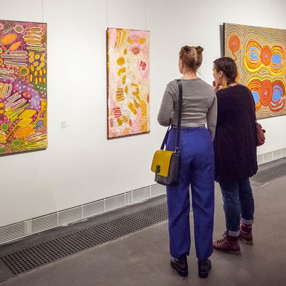WAu! Nykytaidetta Länsi-Australiasta -näyttelyn avajaiset 26.1.2018, Rovaniemen taidemuseo