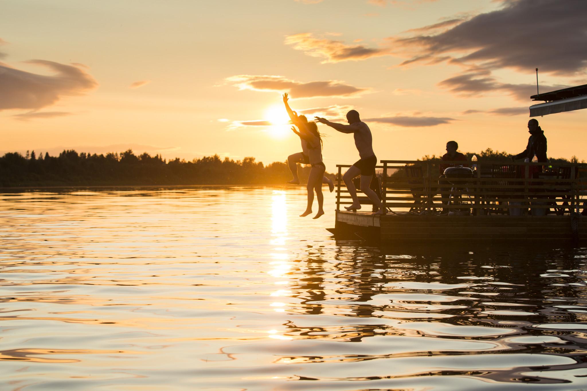 Wildswimming, Rovaniemi, Sauna ferry Erkin Arkki,