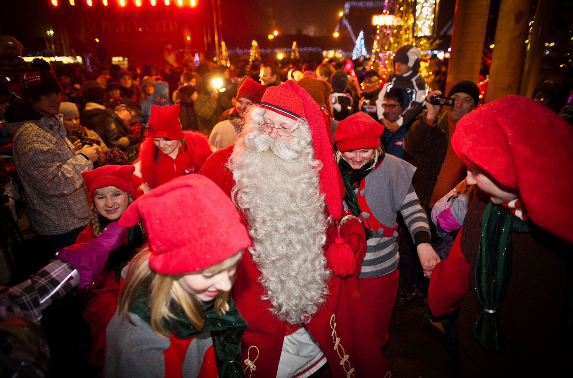 santa claus and the magic of christmas in rovaniemi visit rovaniemi