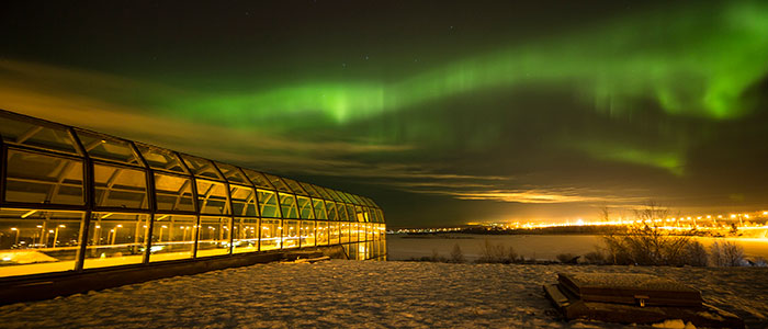 visit-rovaniemi-northern-lights-arktikum-city-centre