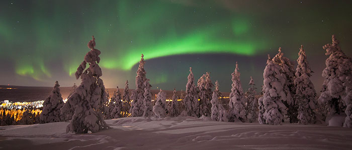 visit-rovaniemi-winter-activities-northern-lights